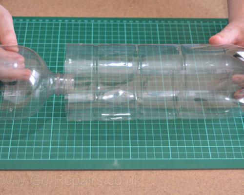 construire un piege a mouche en plastique